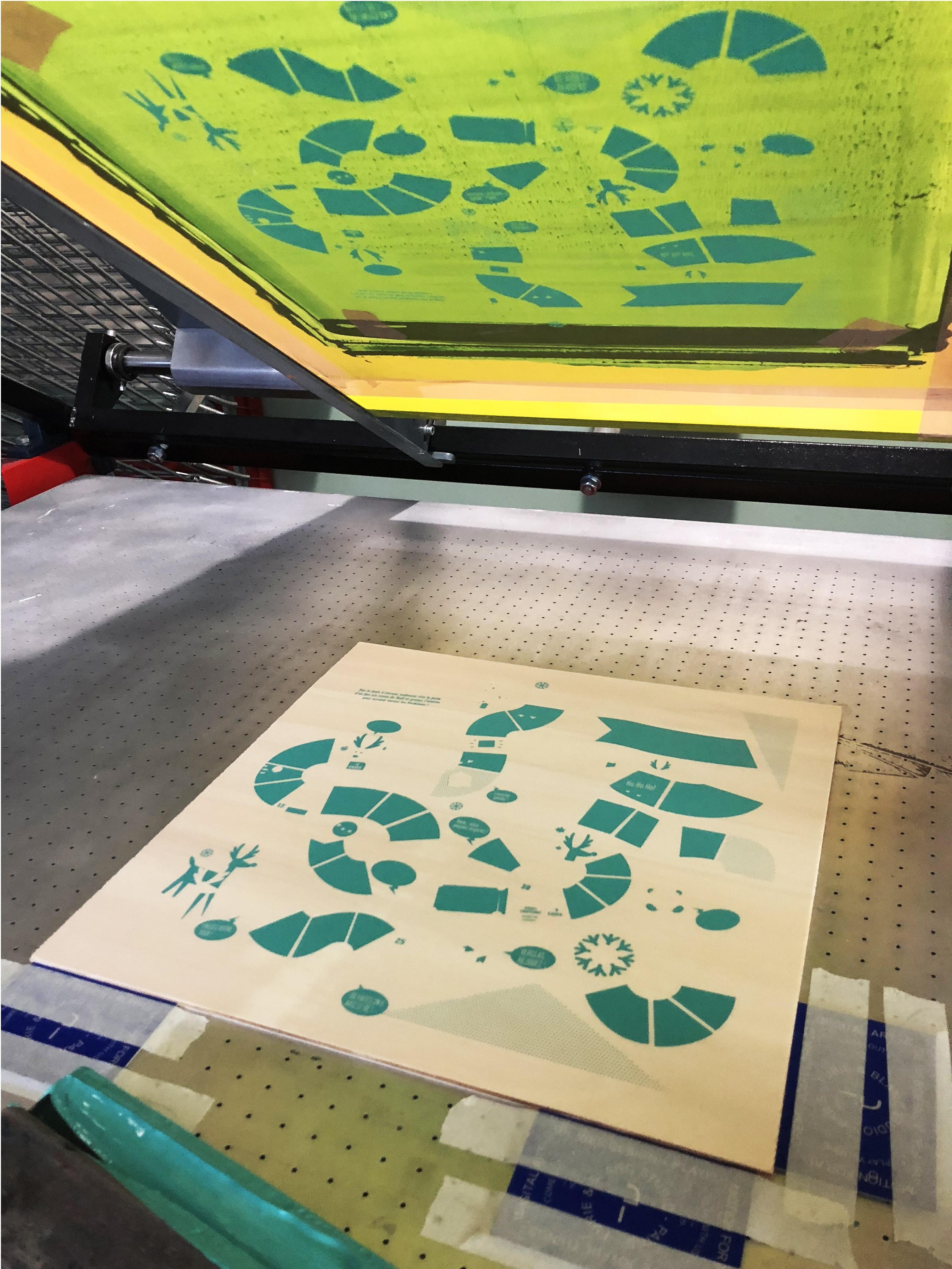 imprimer-sur-bois-jeu-de-loie-serigraphie-atelier-fwells-paris